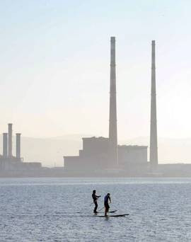 ARCHIVE VIDEO - Iconic or eyesore?: Dubliners have their say on Poolbeg  Towers