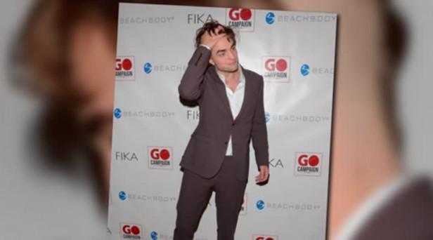 Video Robert Pattinson Debuts Daring New Haircut Independent