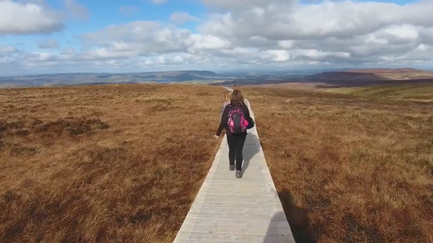 watch incredible footage shows off ireland s stairway to heaven