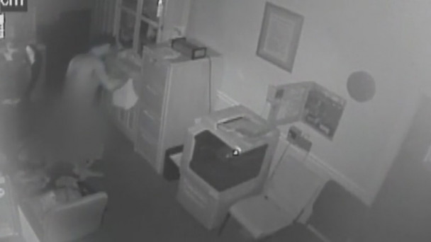 VIDEO: Police seek witnesses after a thief stole a dead man's clothes from  a morgue
